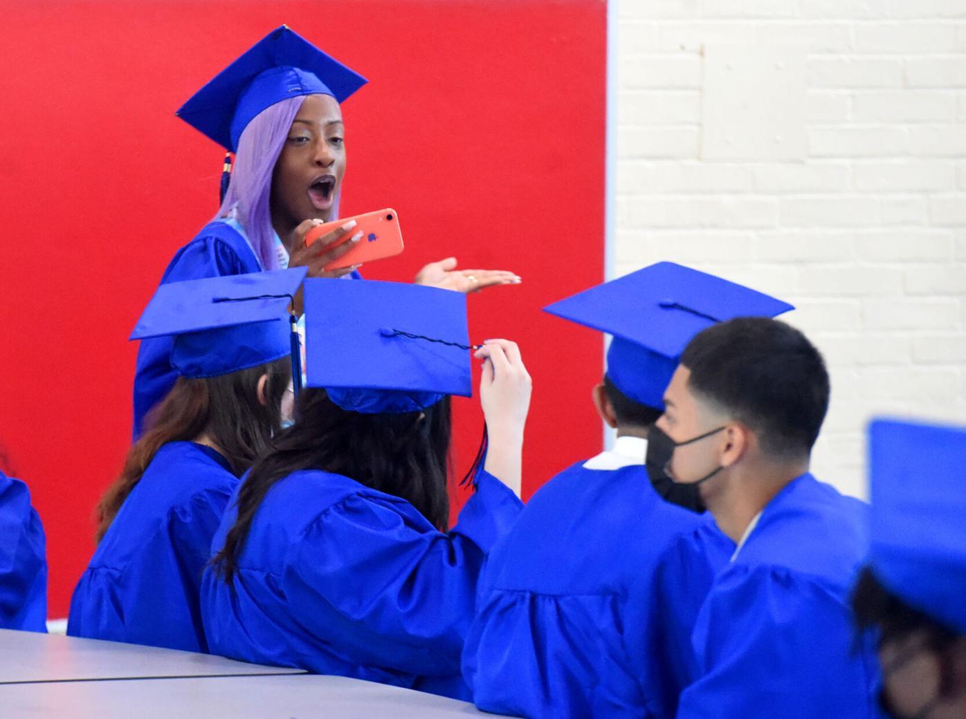 060821 EH Synergy Graduation 01.jpg