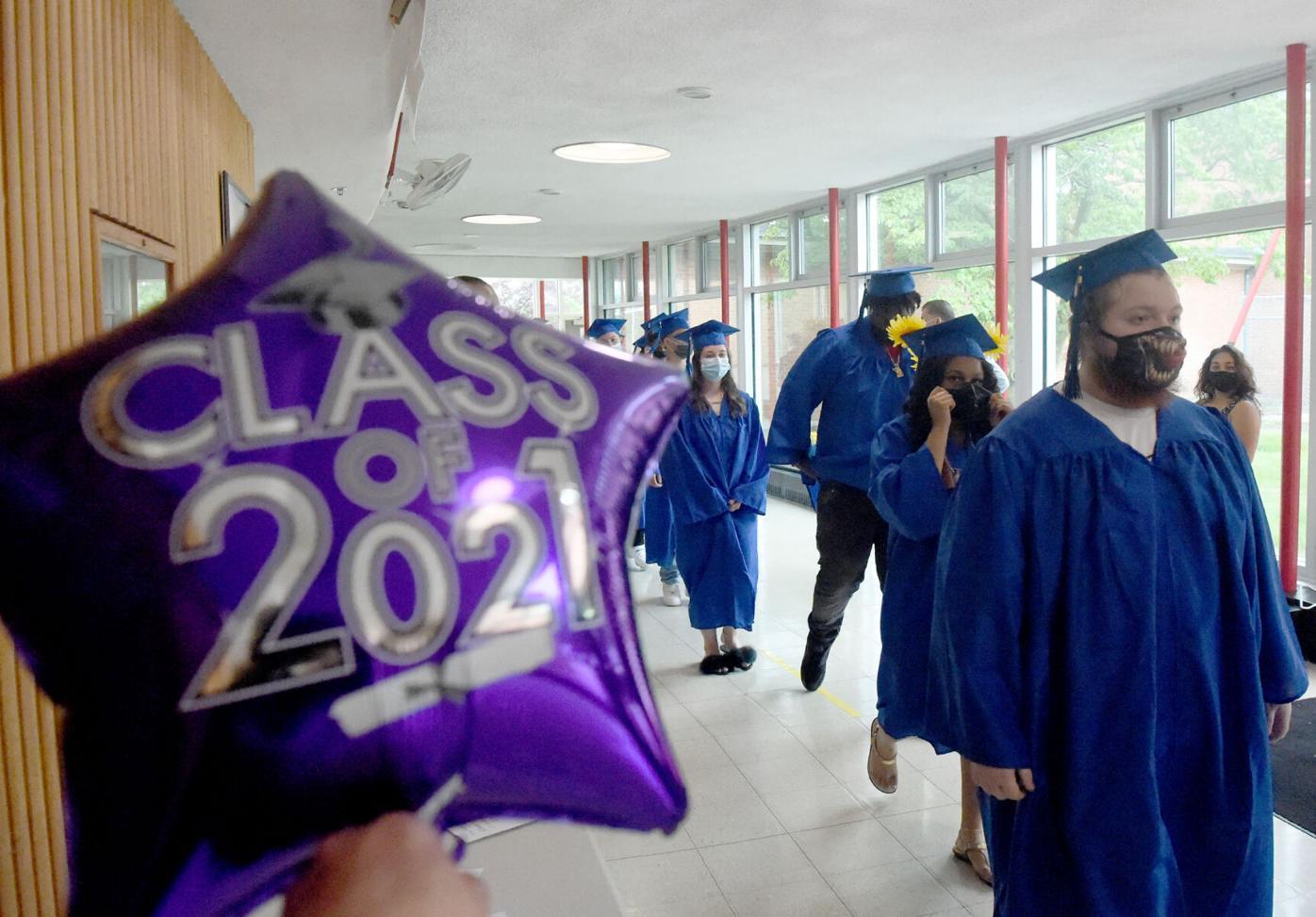 060821 EH Synergy Graduation 02.jpg