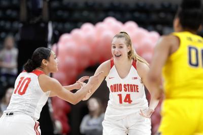 Ohio State's Juhasz joining UConn women