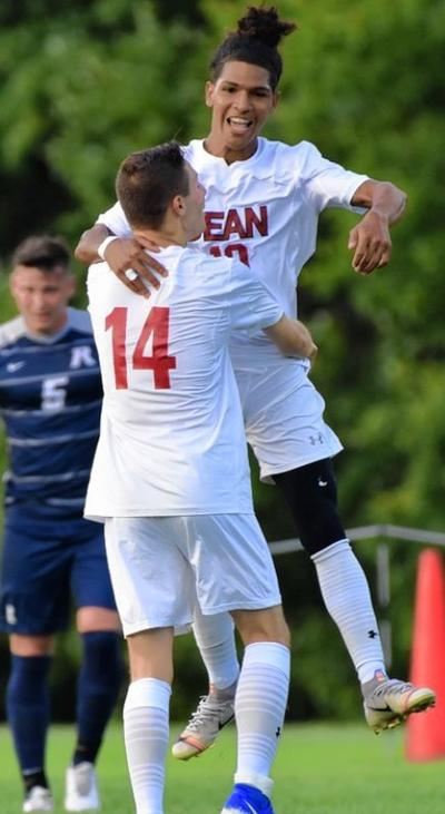 WL's Palmer has two assists in Dean College win