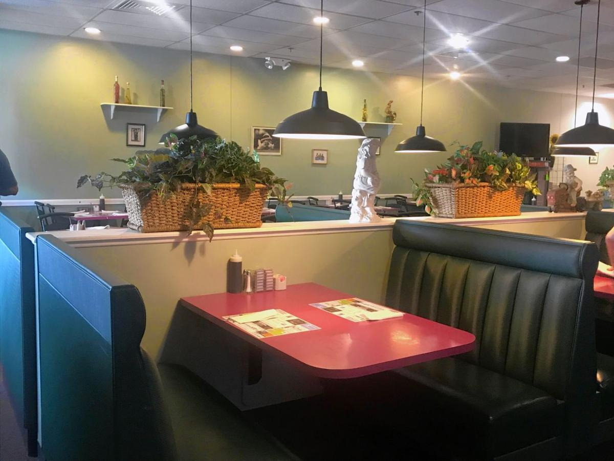 Emeralds Eatery offers 'Canadian' food in a soothing atmosphere