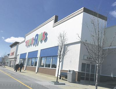 Stores to close