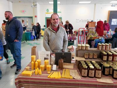 MEET THE VENDORS: Offer to help a neighbor turns into beekeeping empire