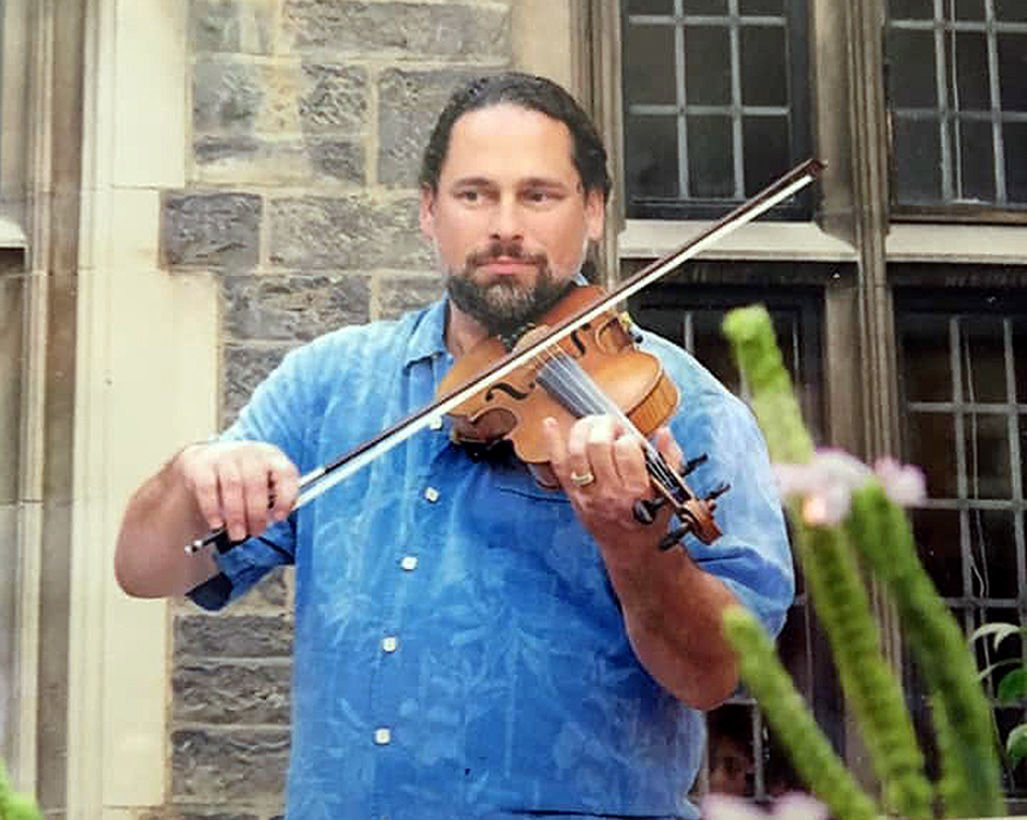Thieves steal prized violin
