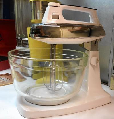Iona Company mixer