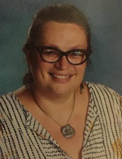 Ellington teacher resigns