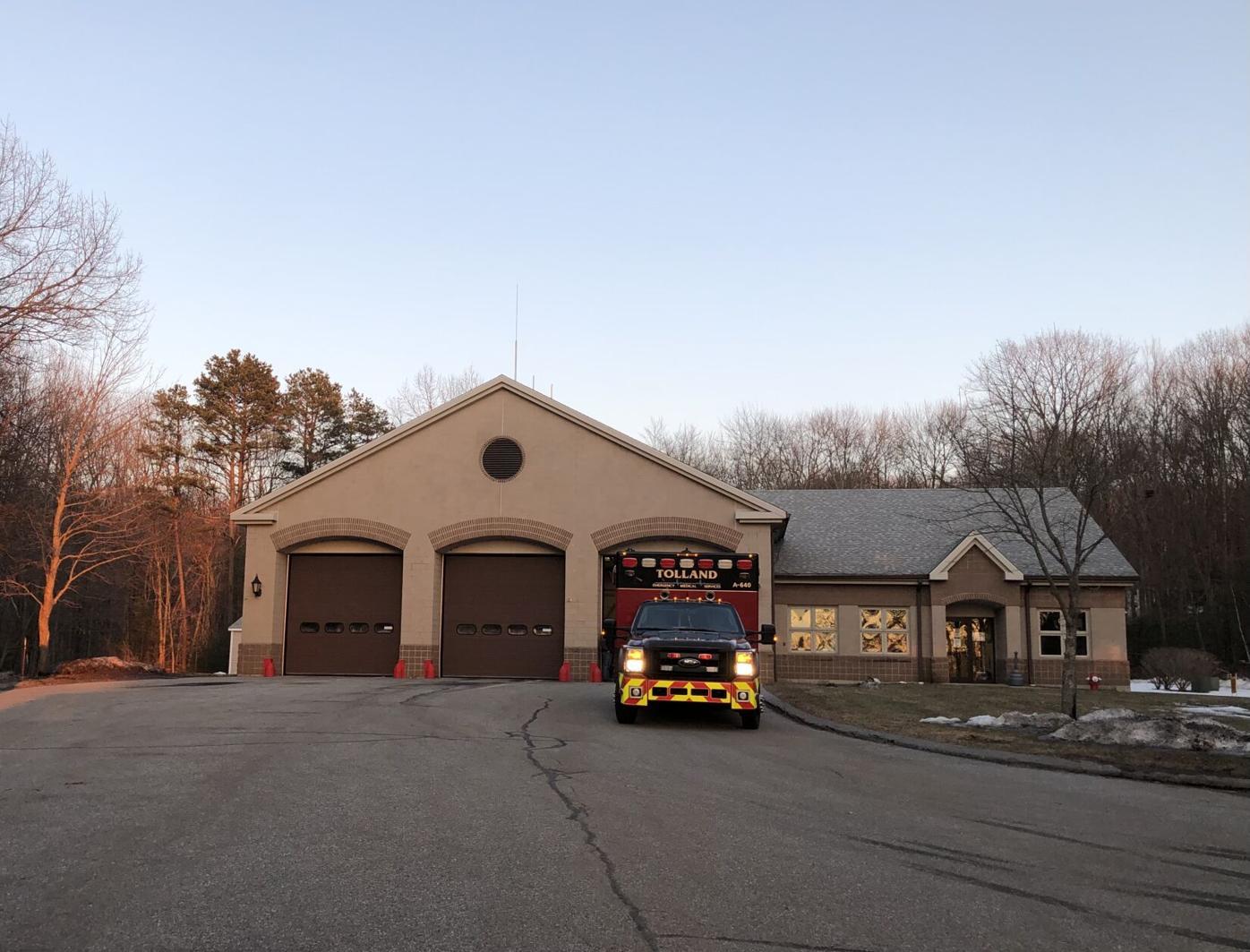 Tolland Fire House 01.jpg