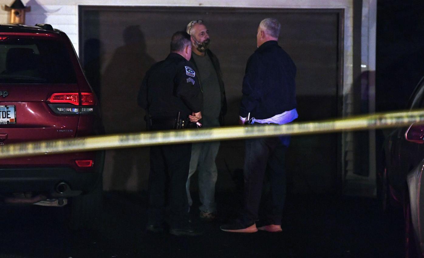 33 Dale St Windsor Locks Christmas night Police Investigation 006  .jpg