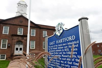 file East Hartford Town Hall