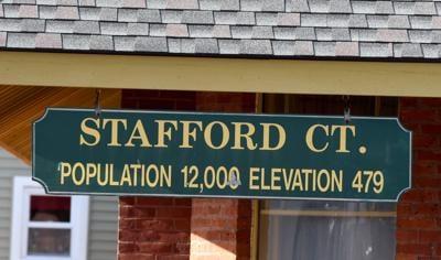 file Stafford population sign