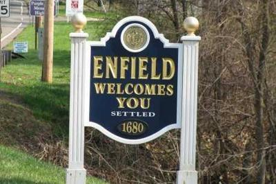 File Enfield Welcome sign