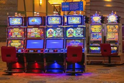 Virus Outbreak Connecticut Casinos