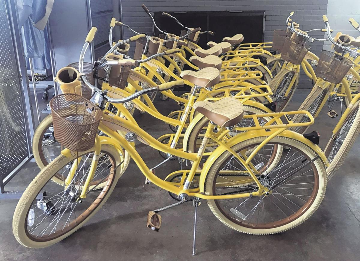 color it yellow manchester inaugurates bike share program. Black Bedroom Furniture Sets. Home Design Ideas