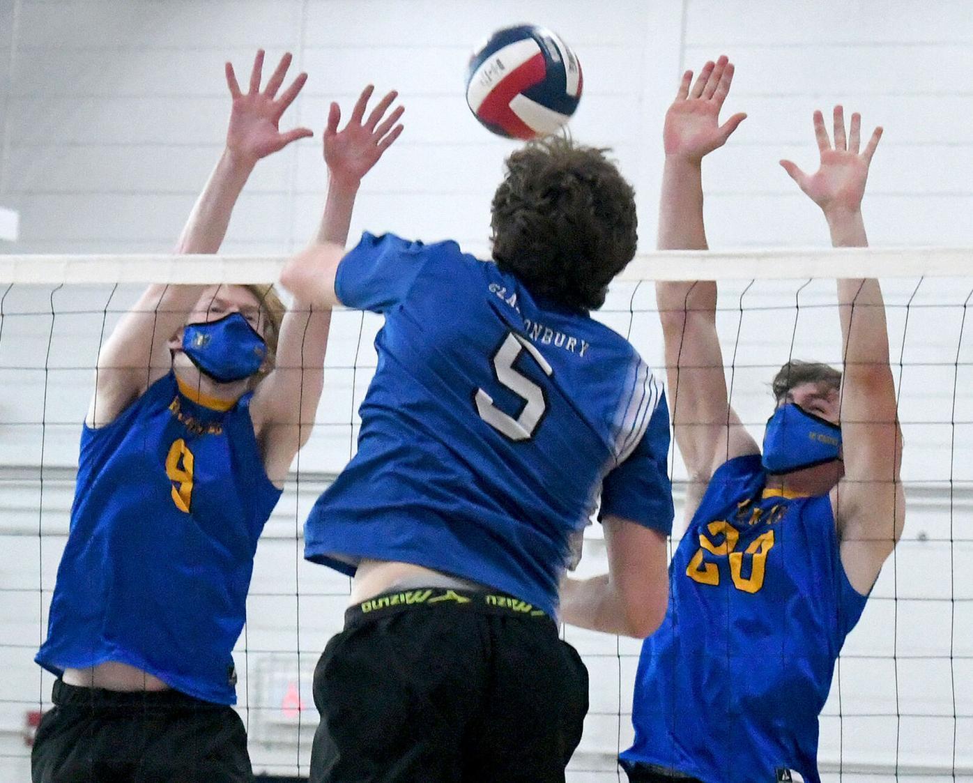 050421 Volleyball 01a.jpg
