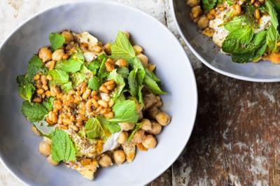 Pita Chickpea Salad