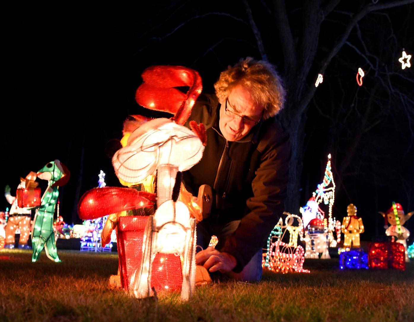 Tom Delnicki's Annual Christmas Display   Dec. 1, 2020 | Photo