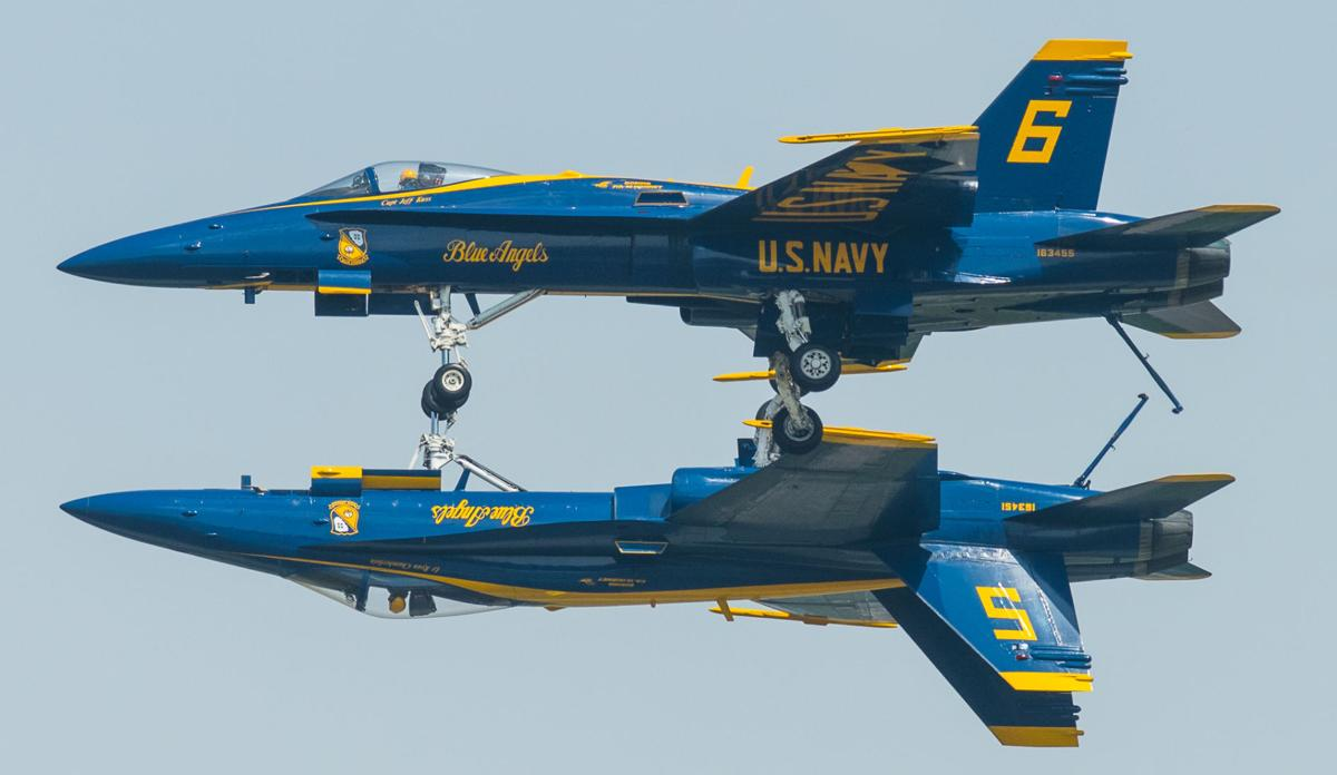 Blue Angels Don T Disappoint Local Journalstar Com