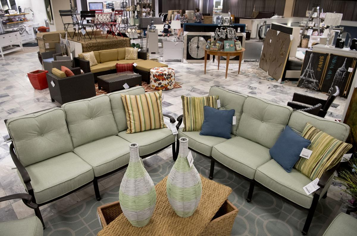 A New Rush For Lincoln Shoppers Opens In Former Younkers Space