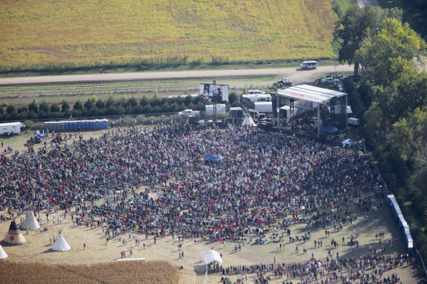 Anti Pipeline Concert