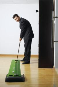 How To Work On Your Golf During Winter