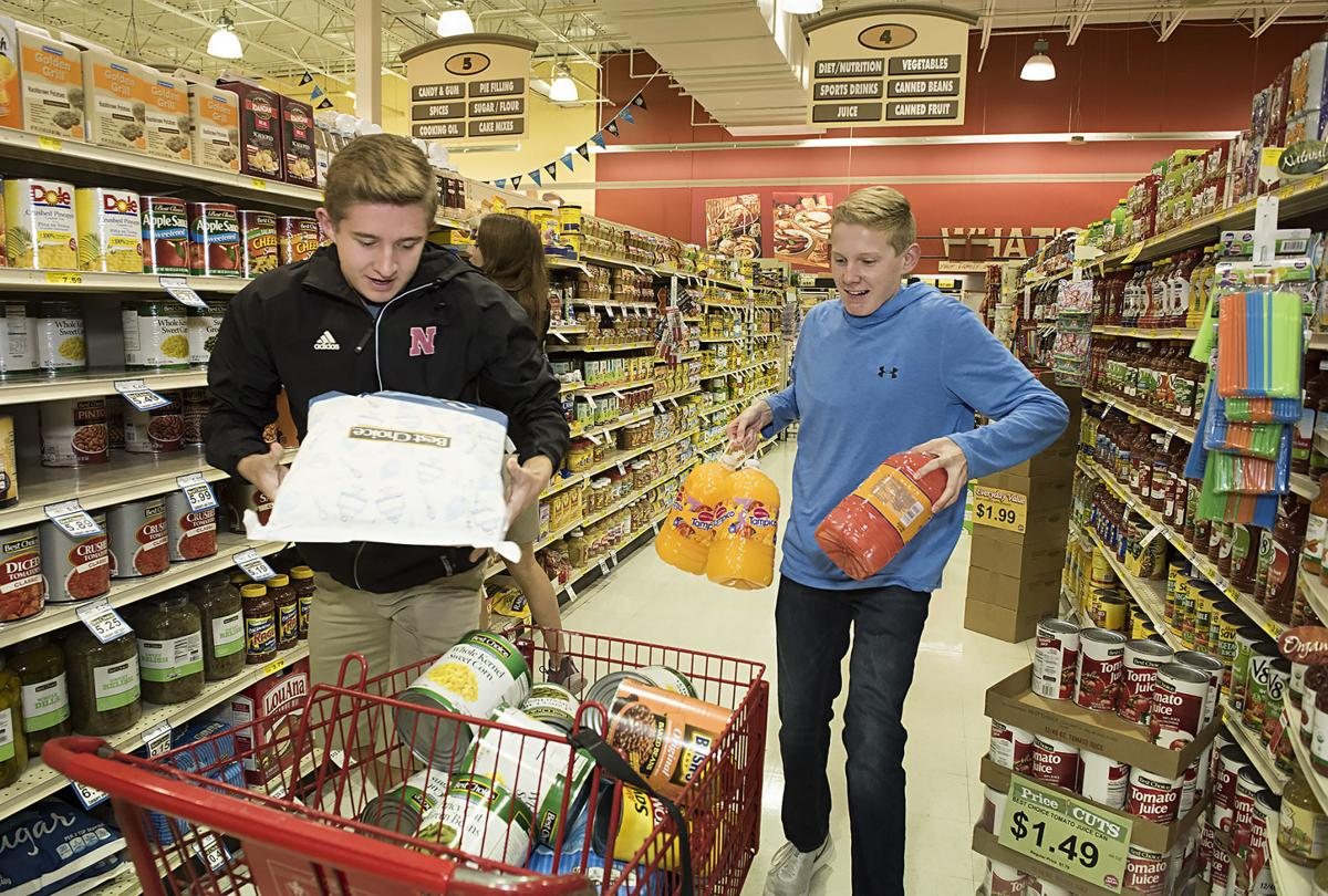 Students Against Hunger Food Fight