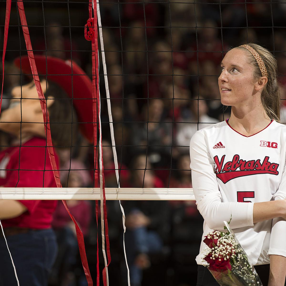 Pro Volleyball Player Rolfzen Experienced Pandemic In Two Countries Volleyball Journalstar Com