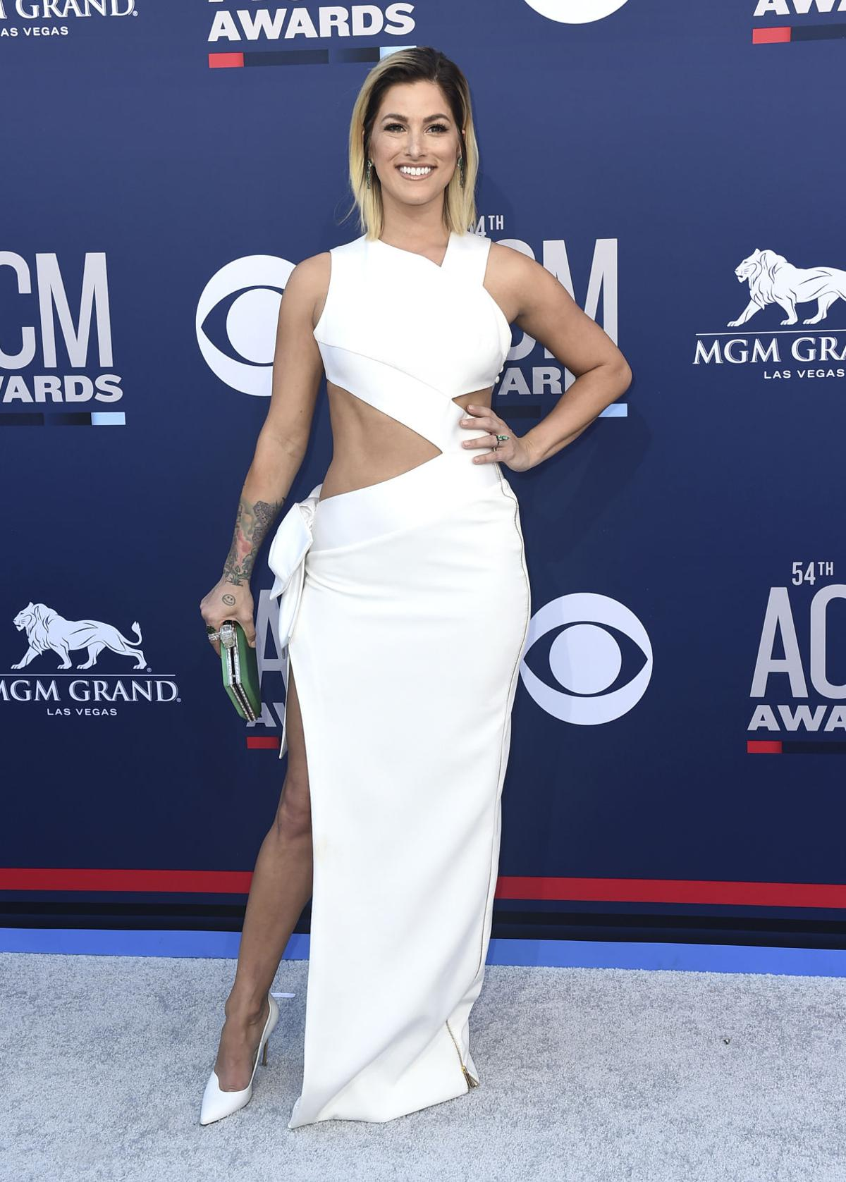 b57b9c22343b3 Photos  Scenes from the red carpet at the 54th Annual ACM Awards ...