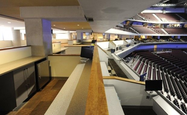 Baldanado Knows Sports Chooses A Loge Pinnacle Bank Arena