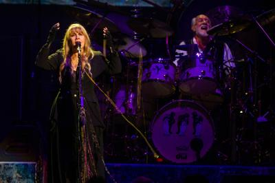 Review: Little different sound, same Fleetwood Mac | Music