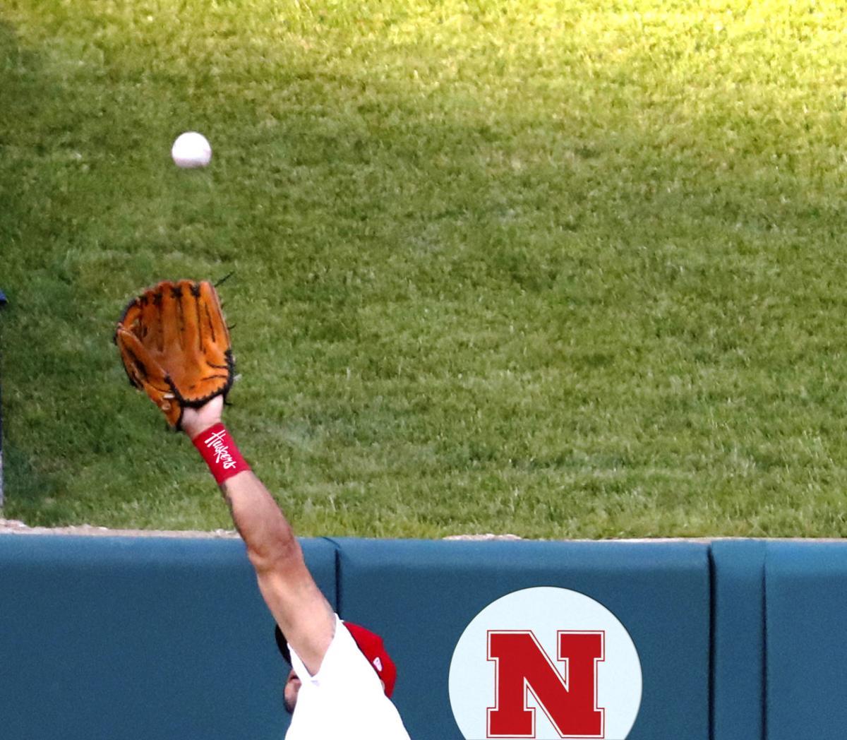 Husker baseball illo