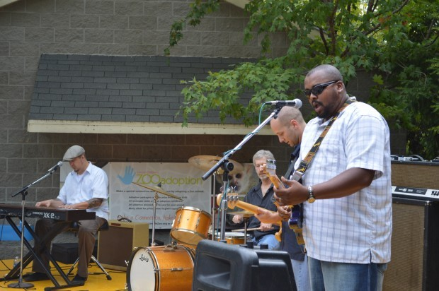 Gallery Brews Amp Blues At The Zoo Around Town