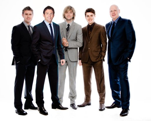 Celtic thunder singer releases solo cd music journalstar celtic thunder m4hsunfo