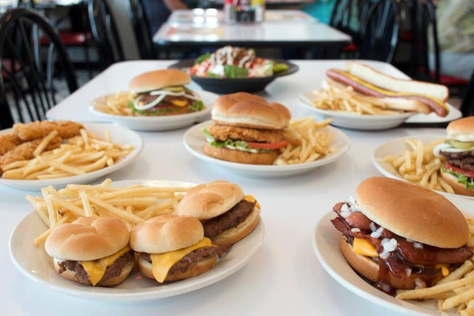 Lincoln 39 s most requested restaurants dining for Steak n shake dining room hours