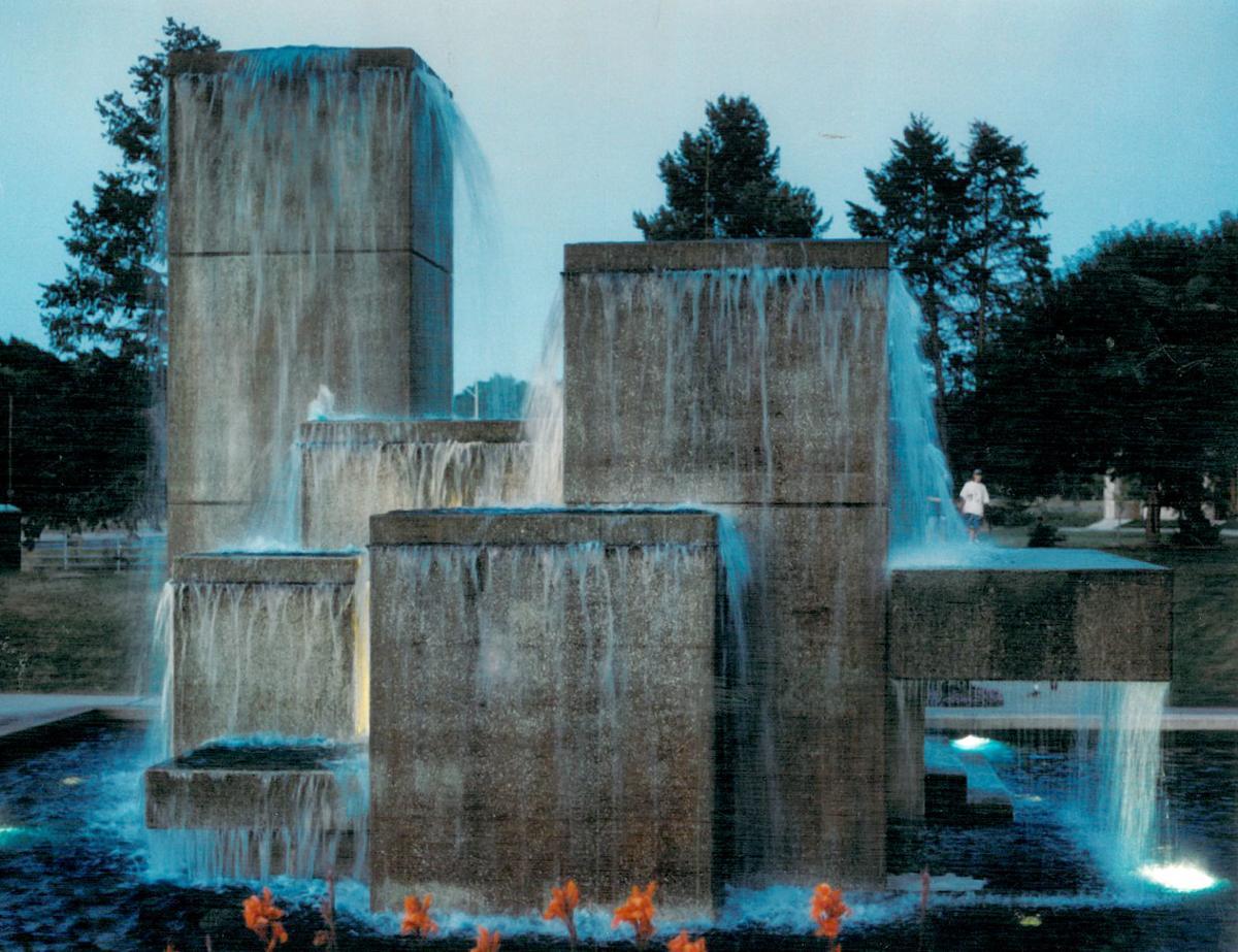 Bicentennial Cascade Fountain for Retired Teachers