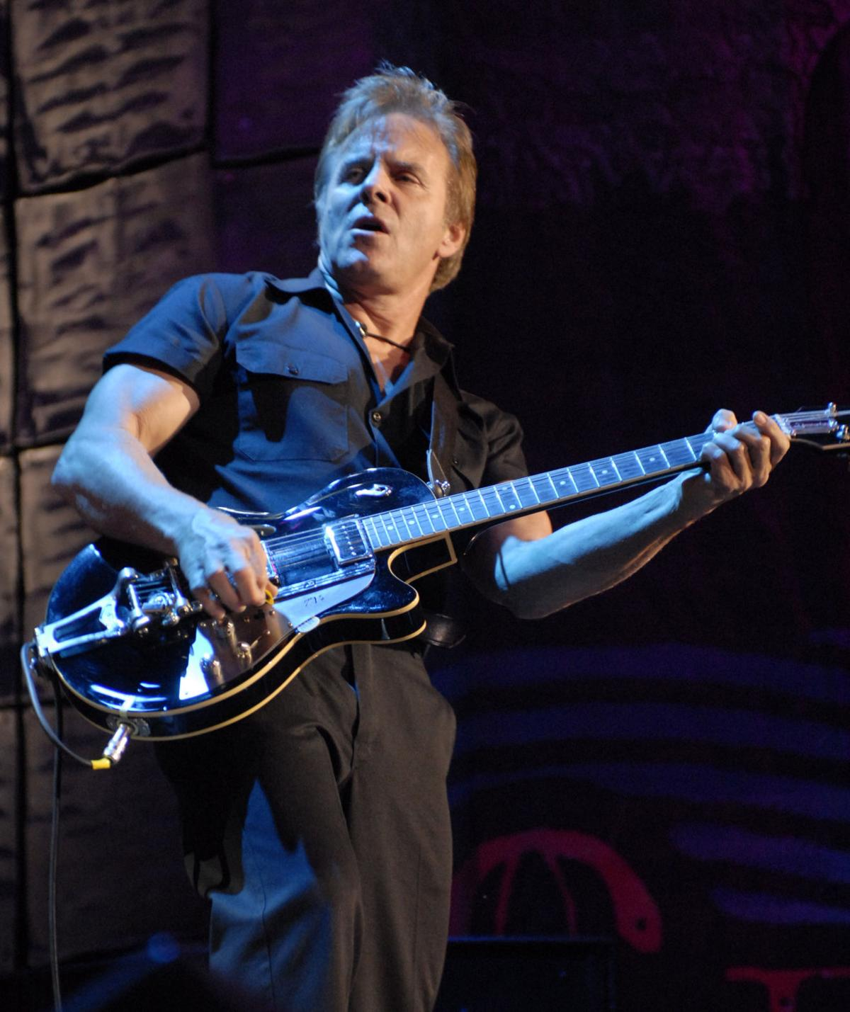 John Mellencamp And Band Back For First Lied Show