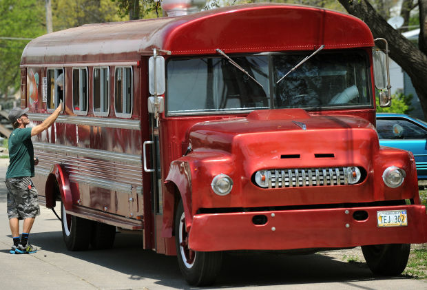 Nitro Burger Bus