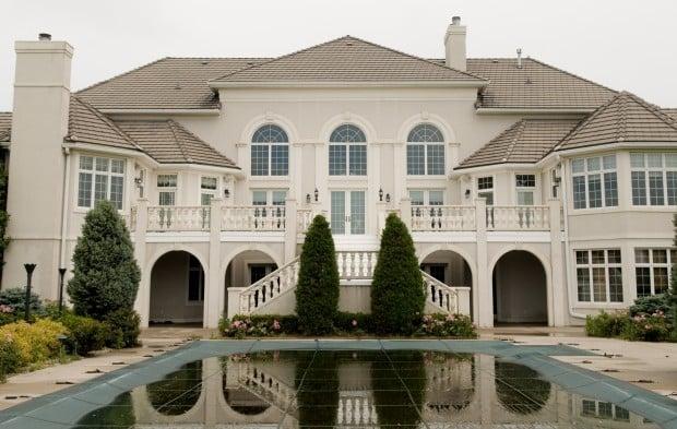 Kush mansion