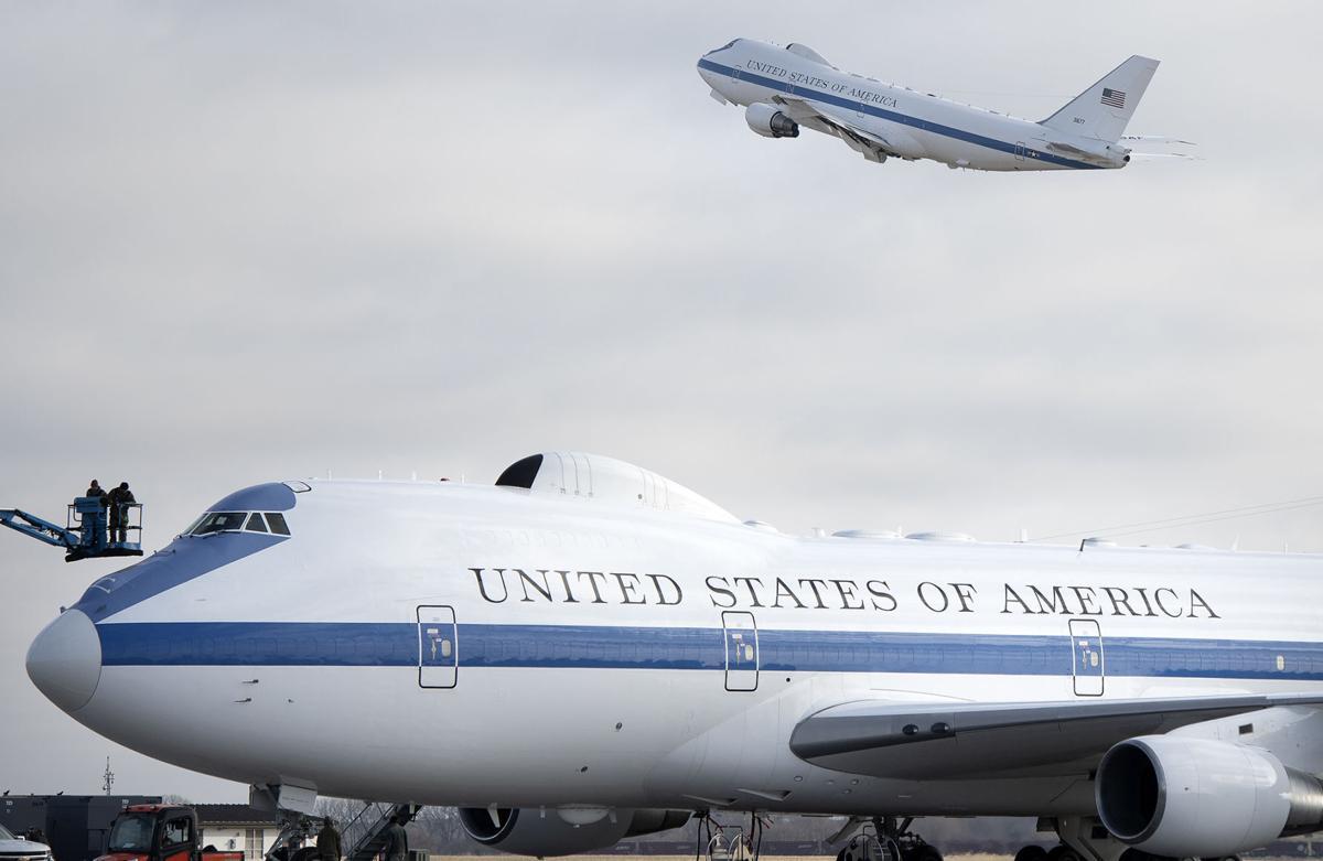E-4B aircraft at Lincoln Airport