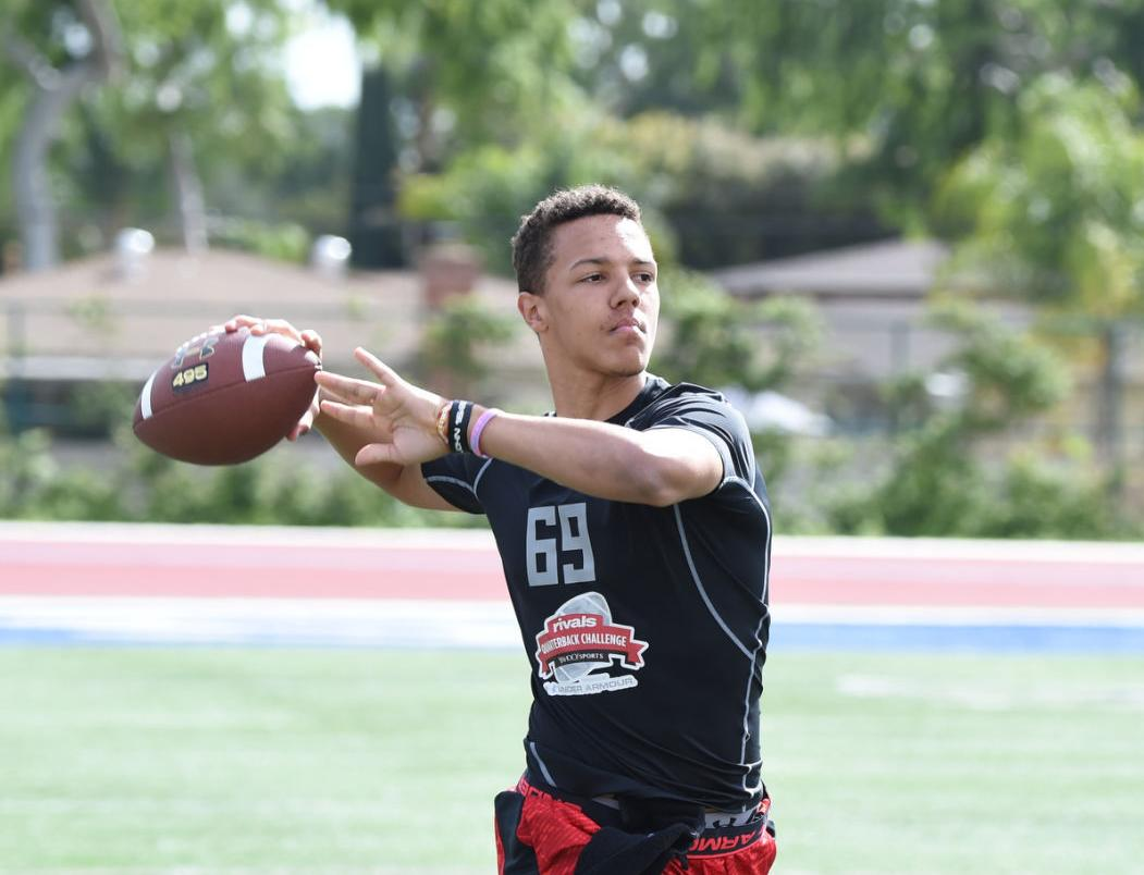 In A Recruiting Whirlwind Martinez Family Blown Away By Husker