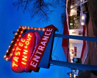 Tastee Inn