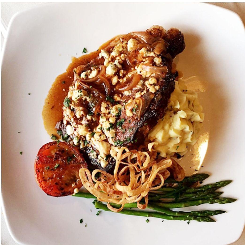 A Gateau To-Go favorite – Chicken au Poivre