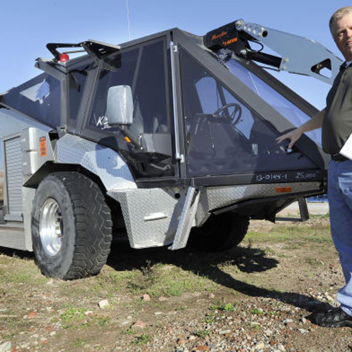 Military Surplus Auction >> Obscure Surplus Firetruck Up For Public Auction After