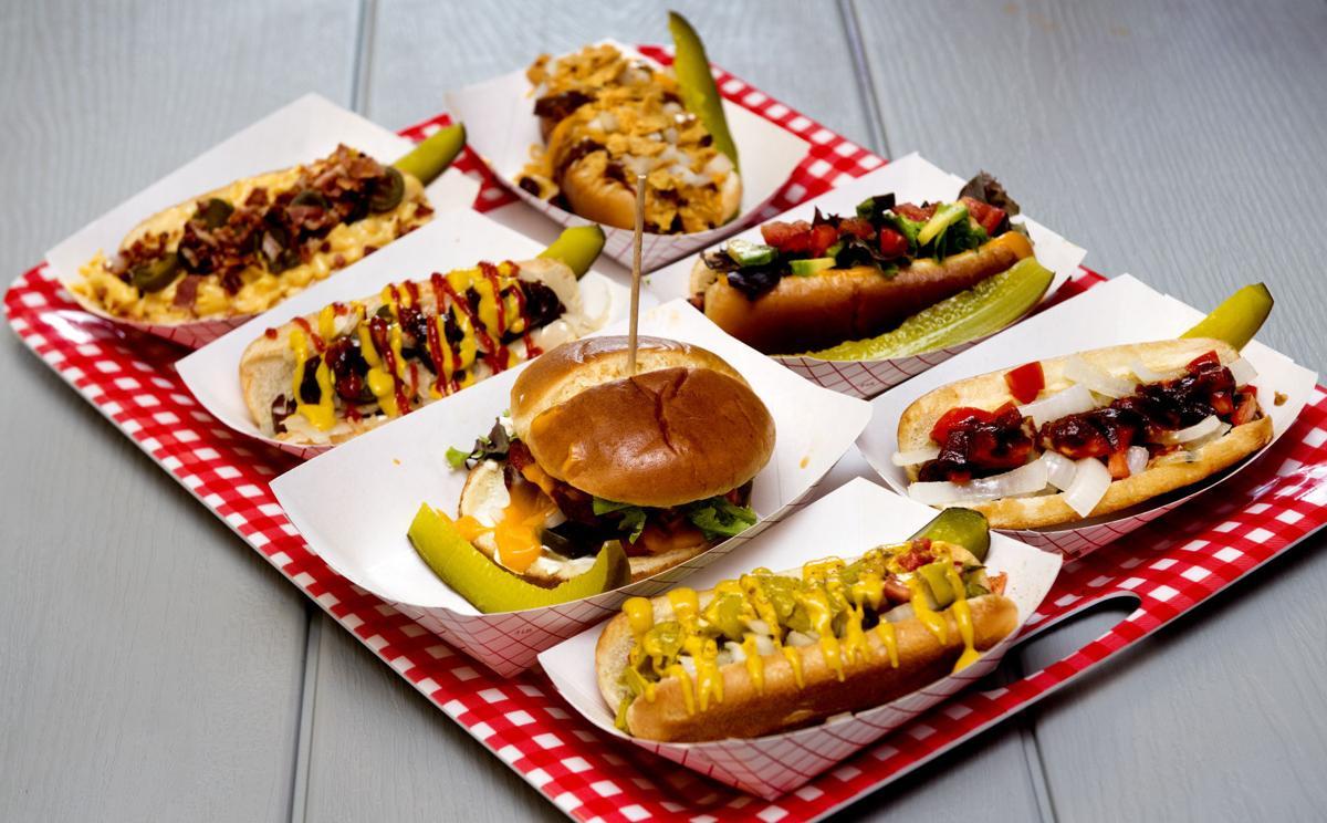 Fly Dogz Makes Hot Dogs A Specialty Dining Journalstar Com