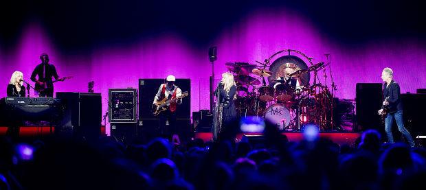 Fleetwood Mac at Pinnacle Bank Arena, 1.17.15