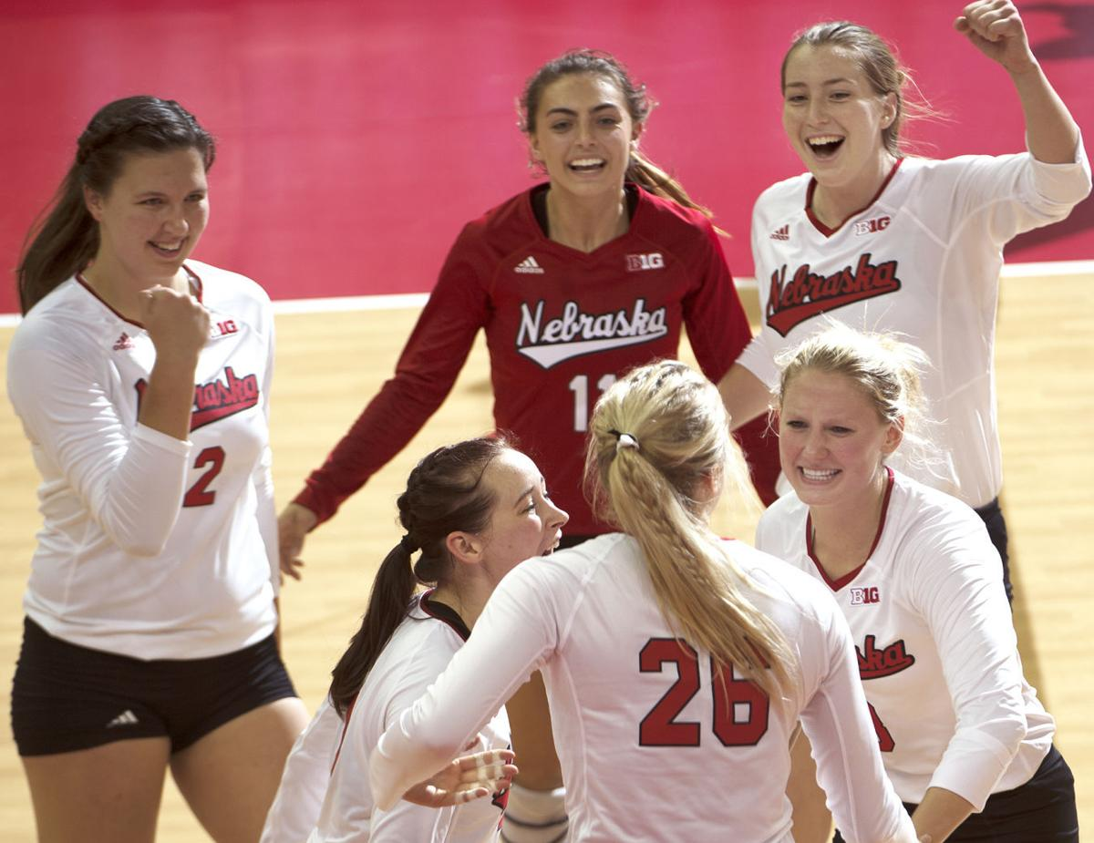 On The Night Nu Honors Jordan Larson The Huskers Were Also Very Impressive Volleyball Journalstar Com