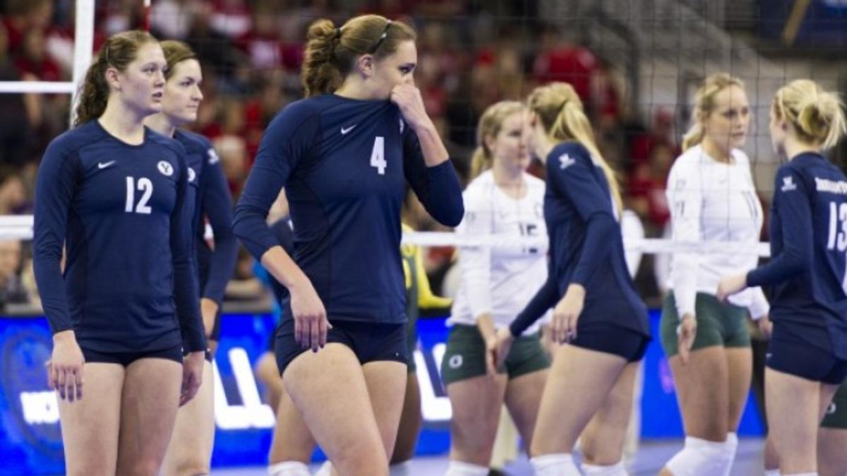 Oregon Ousts Byu Will Play Nu In Regional Final Volleyball Journalstar Com
