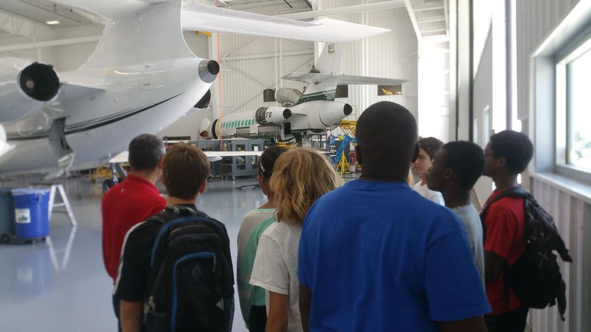 Field trip to Duncan Aviation