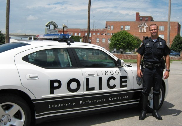 Chief Lincoln Police Changing Uniforms Local Journalstar Com