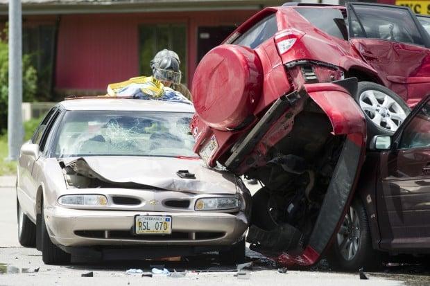 four injured in crash on nebraska 2 911 news. Black Bedroom Furniture Sets. Home Design Ideas