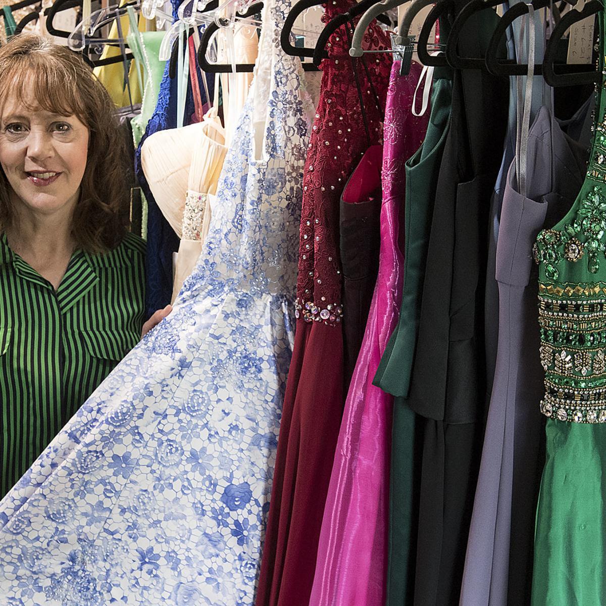 Lincoln entrepreneur opens up formal dress rental shop in